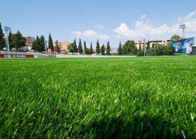 """Доставена и монтирана изкуствена трева - Стадион на ОФК """"Беласица"""" - ТБ Флорингс ЕООД"""