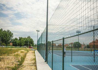 Извършено цялостно изграждане – основа, ограда, осветление, настилка и спортни съоръжения - Многофункционален спортен комплекс, гр. Раковски - ТБ Флорингс ЕООД